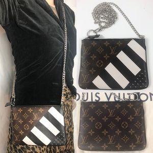 🌺ULTRA RARE 🌺plates Louis Vuitton pouch